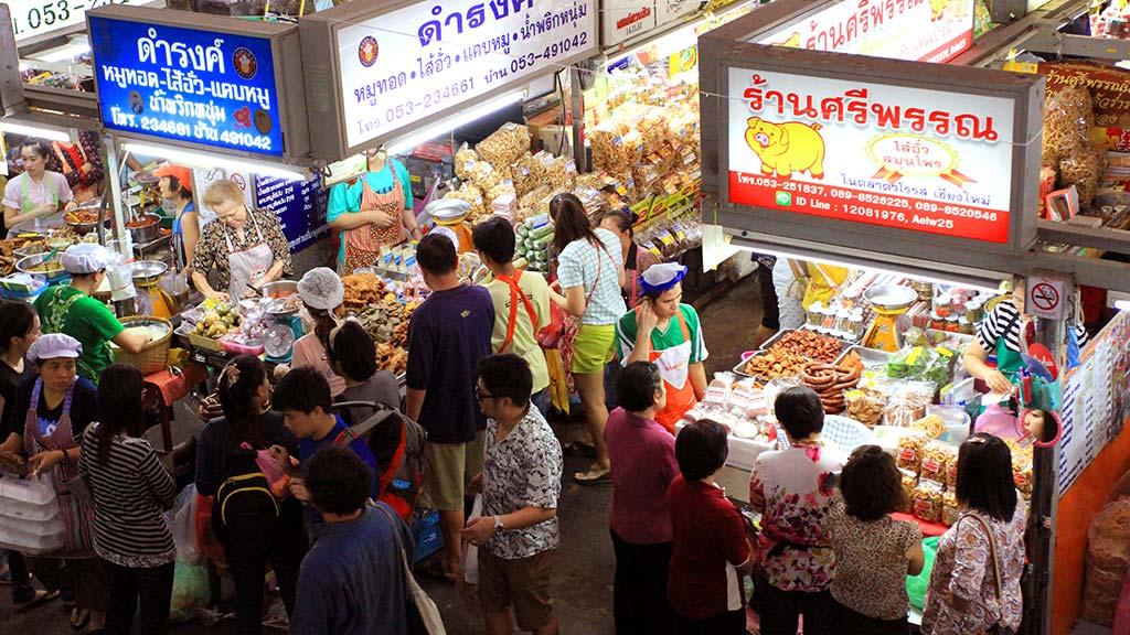 Tom Lamyai market, Chiang Mai.