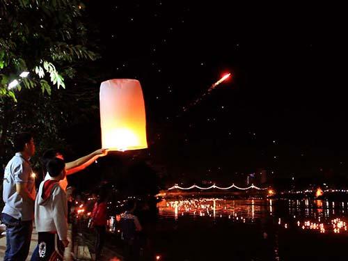 Loi Krathong, Chiang Mai.