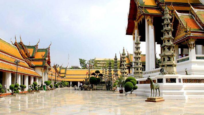 Wat Suthat Thepwararam.