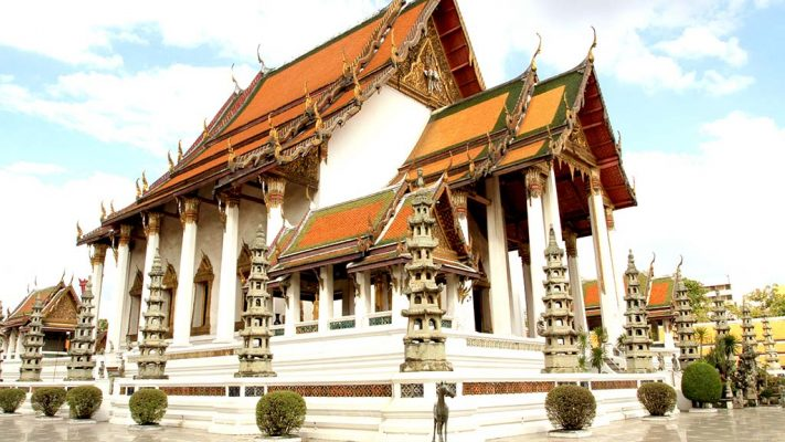 Assembly hall of Wat Suthat Thepwararam.